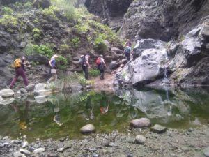 Weg die Mascaschlucht hinauf, bei mittlerem Wasserstand